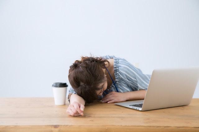 睡眠不足による肌のターンオーバー(新陳代謝)の乱れ