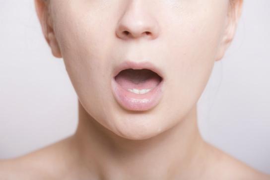 40代ほうれい線の原因は口周りの筋力の低下